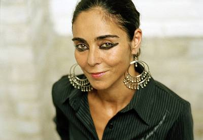 Shirin Neshat – Illusions & Mirrors